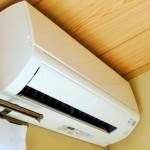 エアコンは冷房よりもドライ(除湿)運転にするとカビは生えてこない?